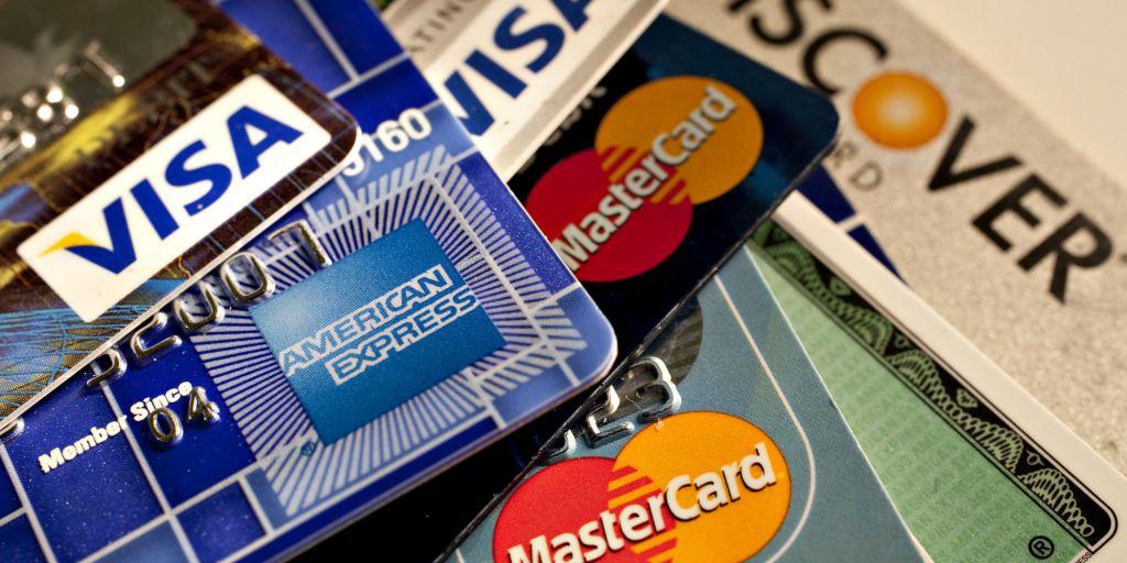 kredi-kartinizi-kullanirken-dikkatli-olun