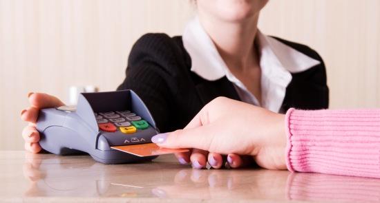 otelde-kredi-karti-kullanimi