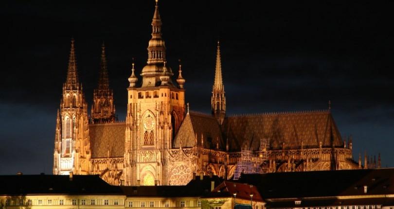 Prag Kalesi (Pražský Hrad)