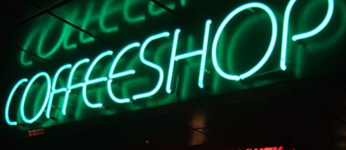 Amsterdam Coffee Shop Kültürü