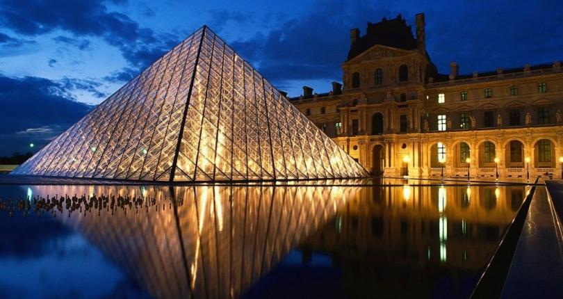 Louvre Müzesi – Paris